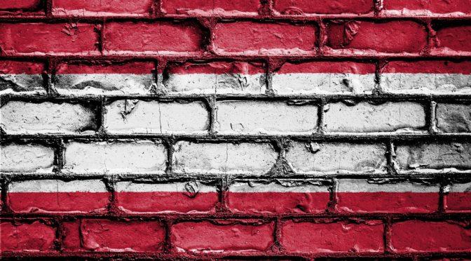 Österreich Fahne als Mauer